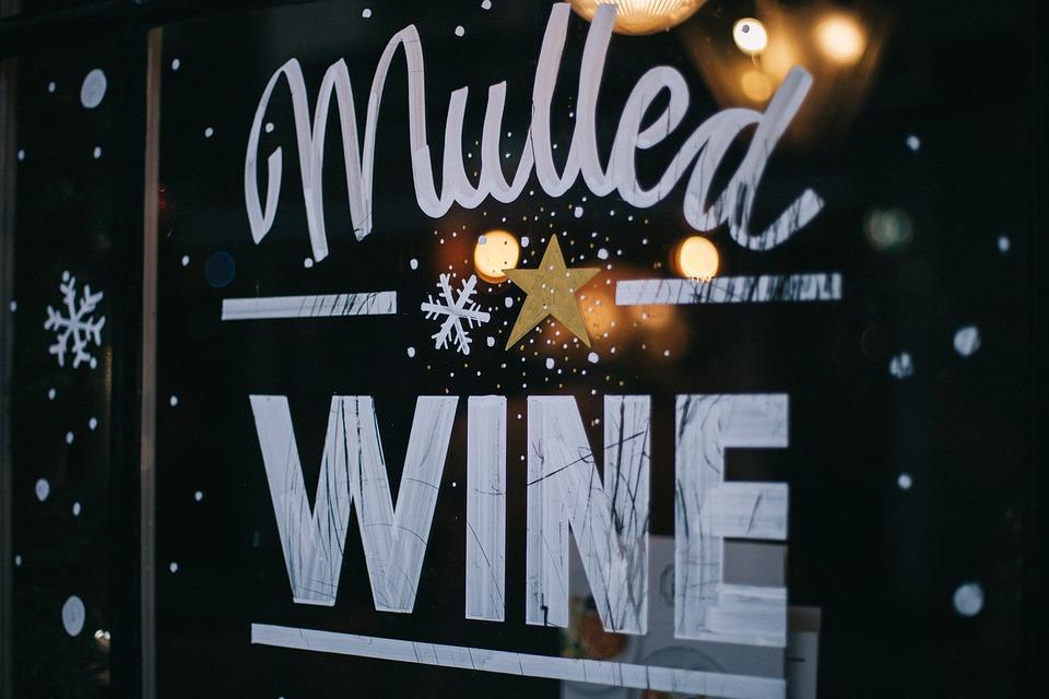 Adesivi per vetrine Milano